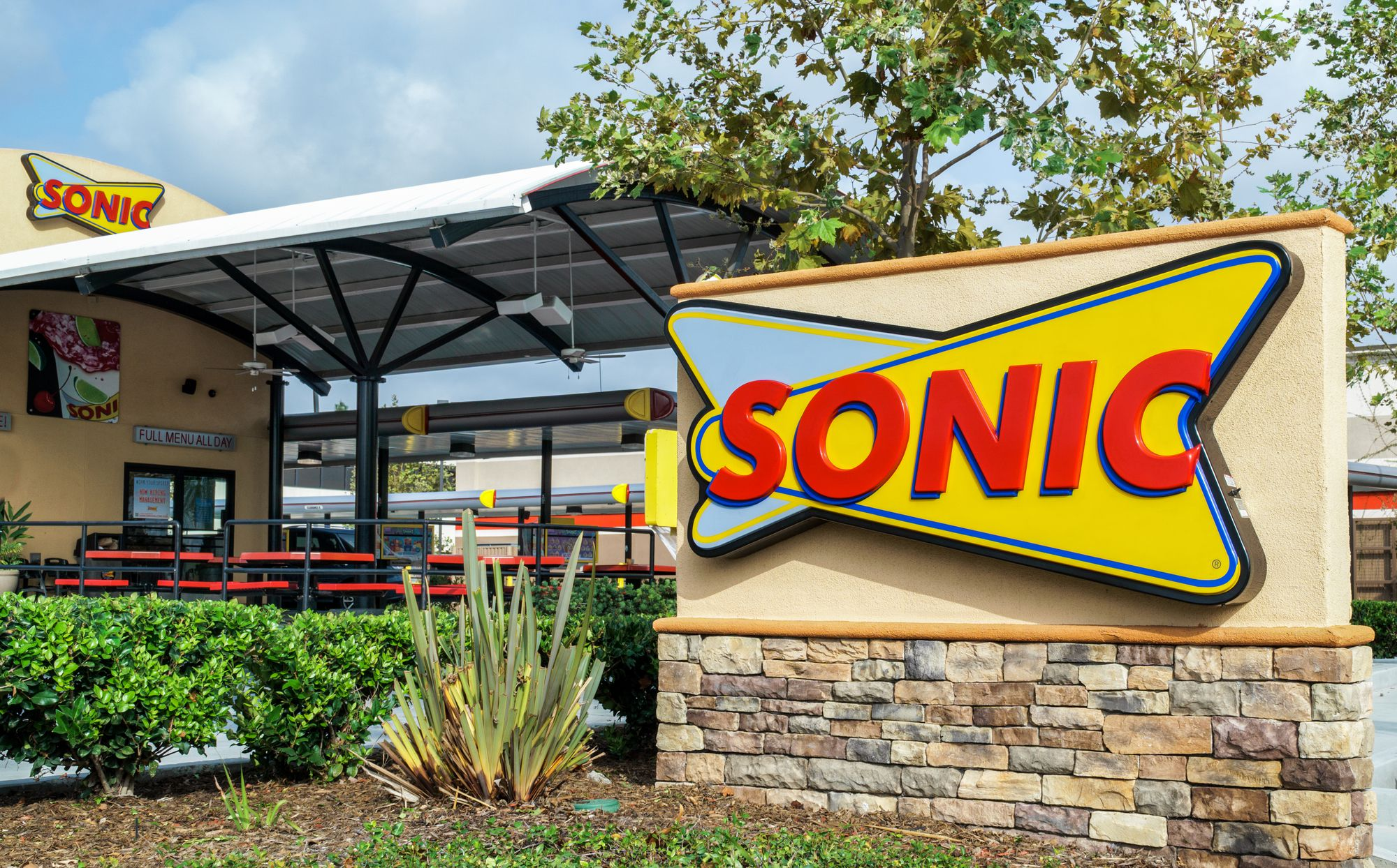 TalktoSonic - Win Free Route 44 Drink - Sonic Survey